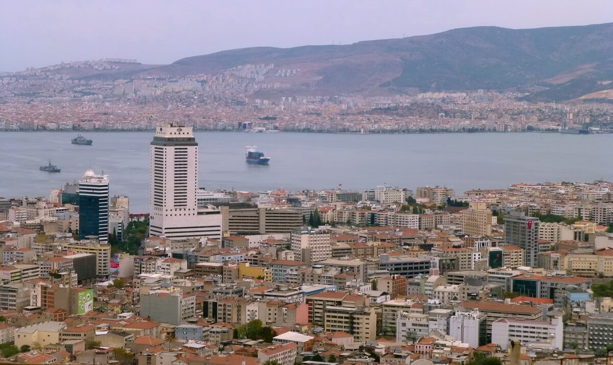 Cheap flights from Izmir