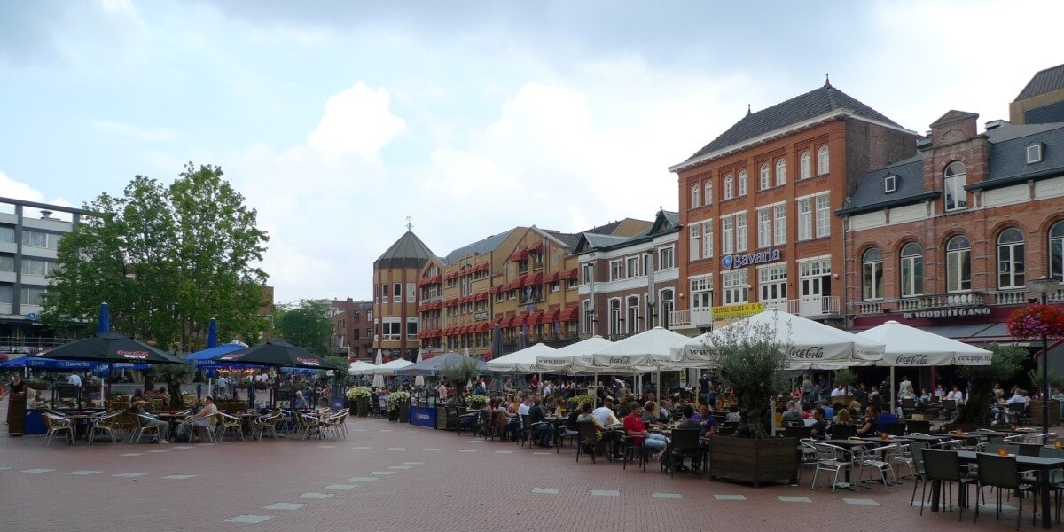Cheap flights to Eindhoven