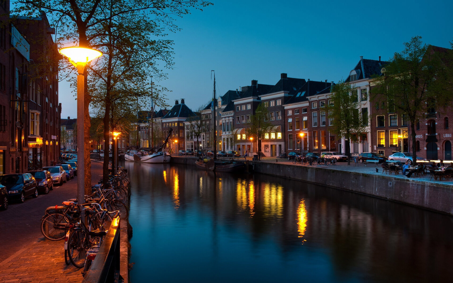 Cheap flights from Groningen
