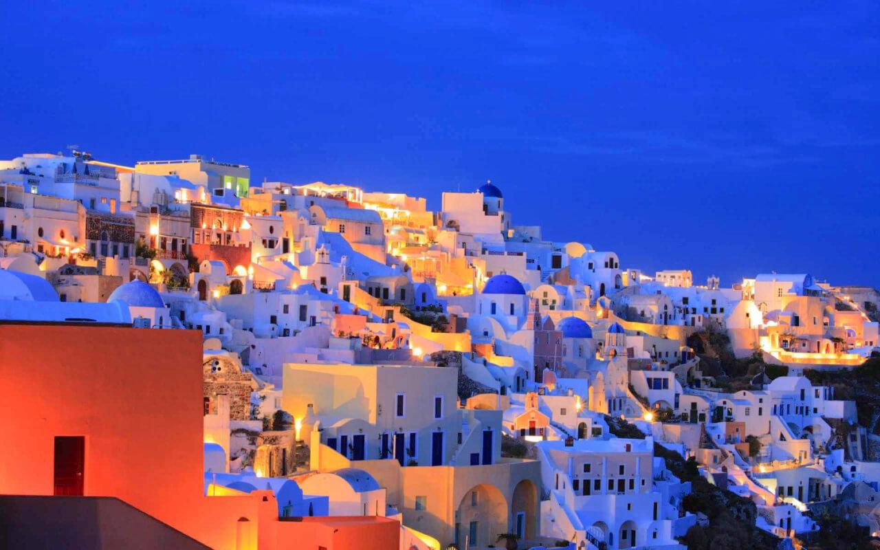Cheap flights to Santorini