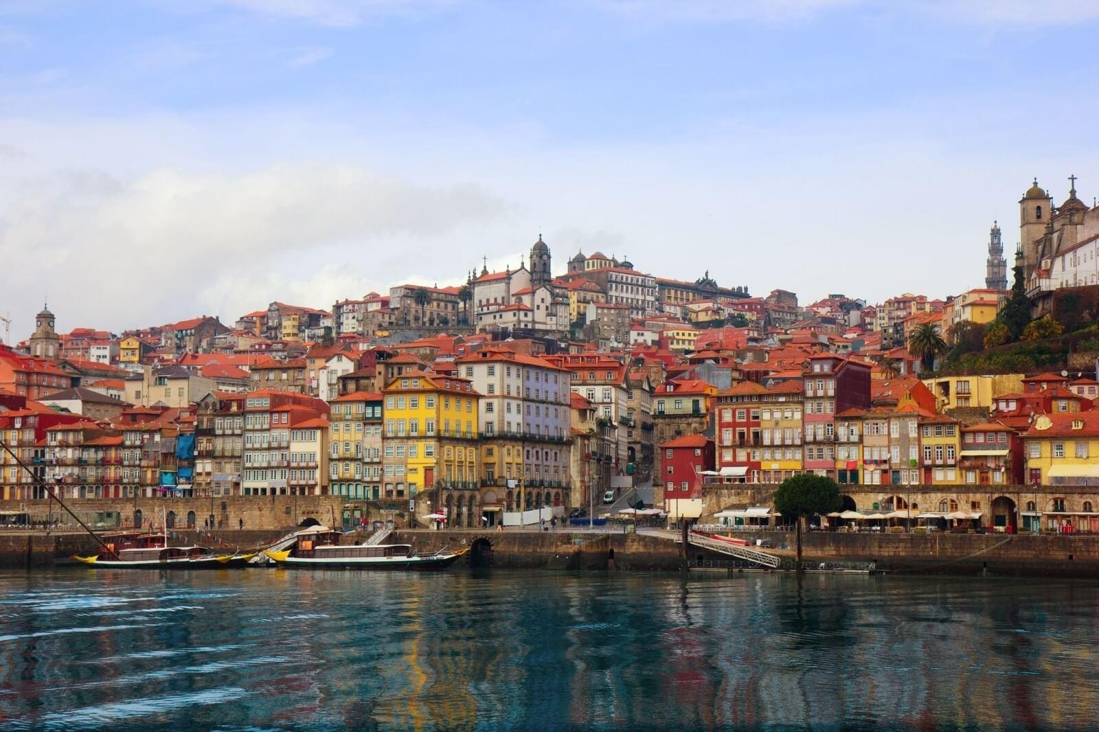 Airline Tickets Porto