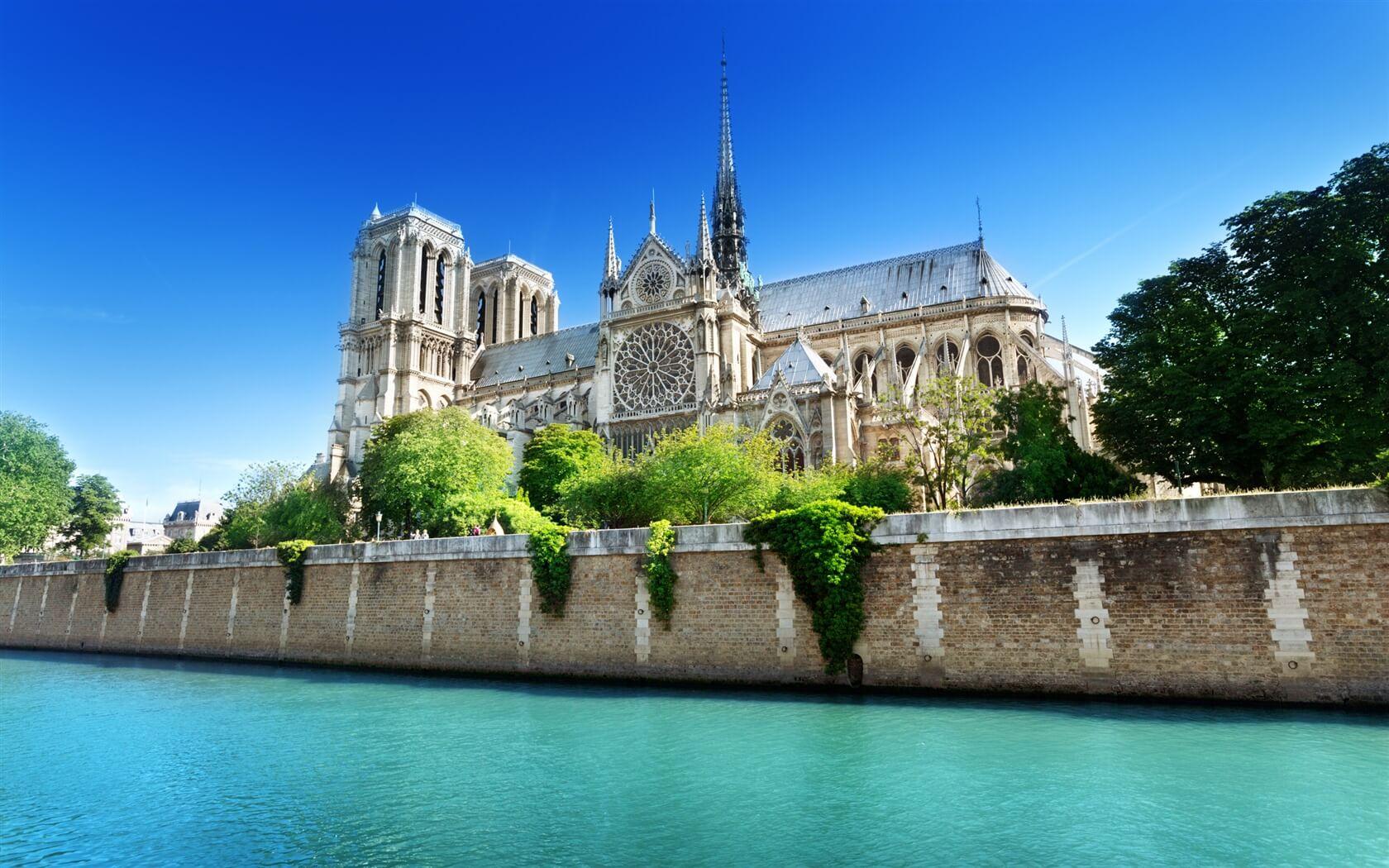 Cheap flights from Paris
