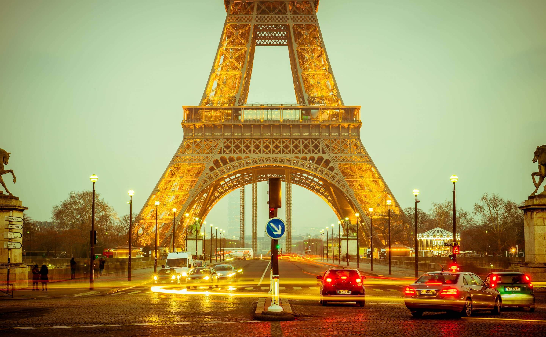 Φθηνές πτήσεις προς Παρίσι
