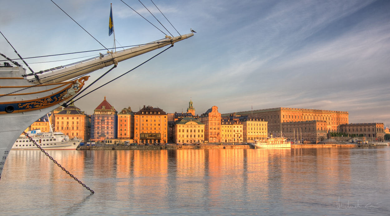 Cheap flights from Stockholm