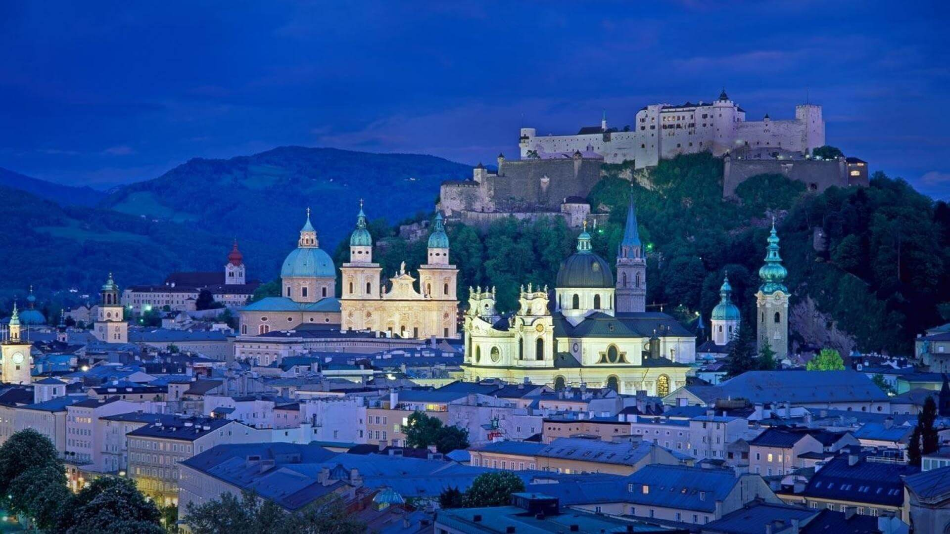 Cheap flights to Salzburg