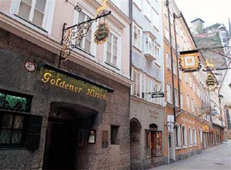 Goldener Hirsch