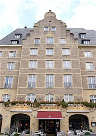 Hotel Nh Carrefour De L Europe