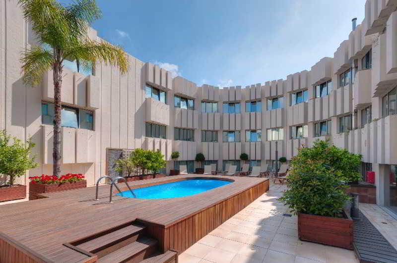 Tryp Valencia Azafata Hotel