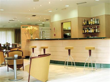 Hotel Nh Madrid Barajas Airport