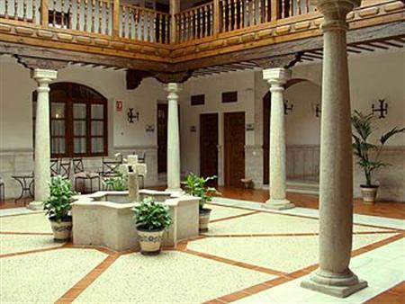 Casa Palacio Santa Cruz