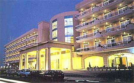 H Top Palace Pineda