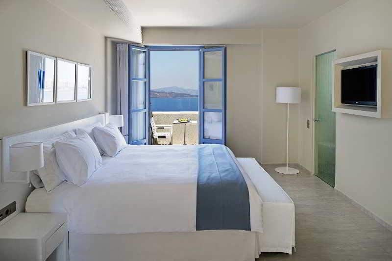 Hotel Acroterra Rosa Luxury Suites