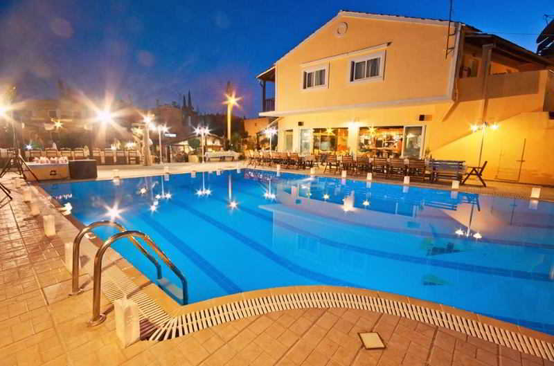 Hotel Dominoes Aparthotel