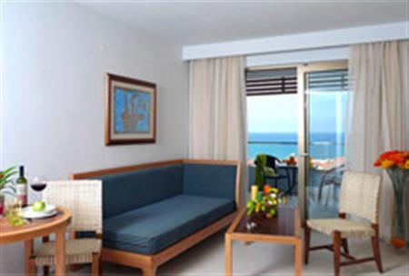 Ξενοδοχείο Iolida Beach
