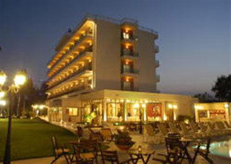 Ξενοδοχείο Santa Beach
