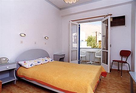 Ξενοδοχείο Rena