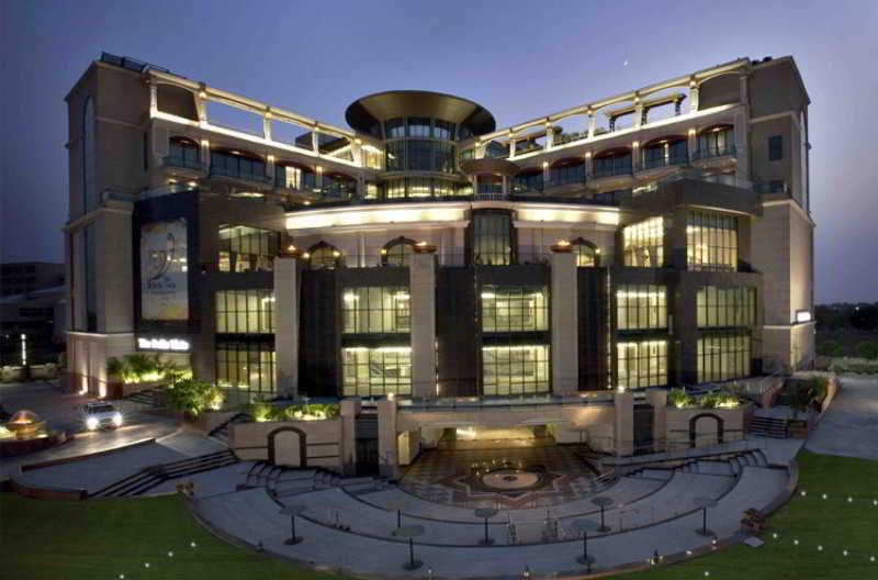 Welcom Bella Vista Chandigarh Hotel