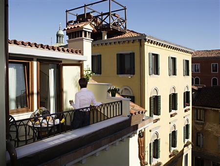 Ξενοδοχείο Carlton Capri
