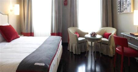 Hotel Rosso23, Why The Best Hotels