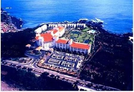 Shineville Luxury Resort