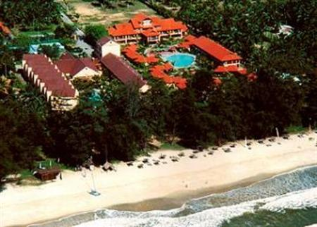 Holiday Villa Beach Resort