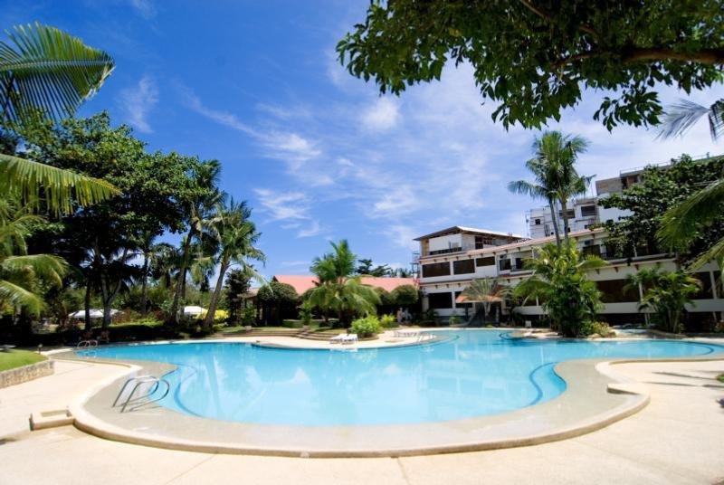Hotel Cebu White Sands Resort & Spa