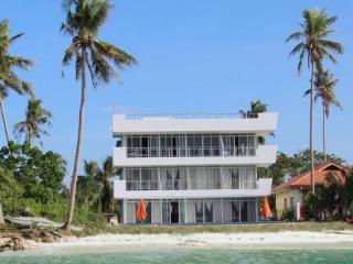 Hotel Bohol South Beach Hotel