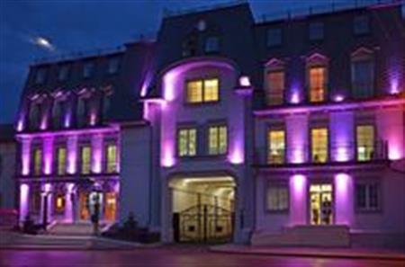 Ξενοδοχείο Kavalier