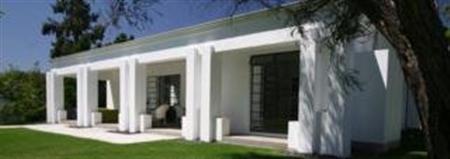 Bloomestate Luxury Retreat